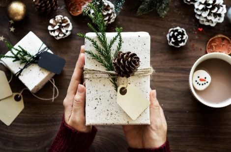 6 Last Minute Gifts Under $50 That Will Wow Your Friends