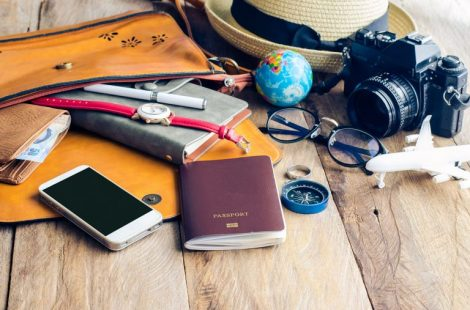 TRAVEL IN STYLE! MUST HAVE ITEMS WHEN YOU TRAVEL